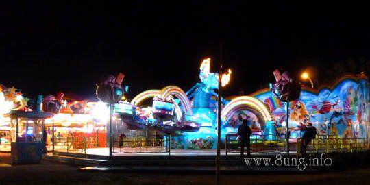 Jahrmarkt, Kirmes, Fahrgeschäft auf dem Kirchheimer Ziegelwasen
