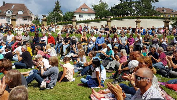 ♫ Colours: Workshop im Park der Villa Reitzenstein
