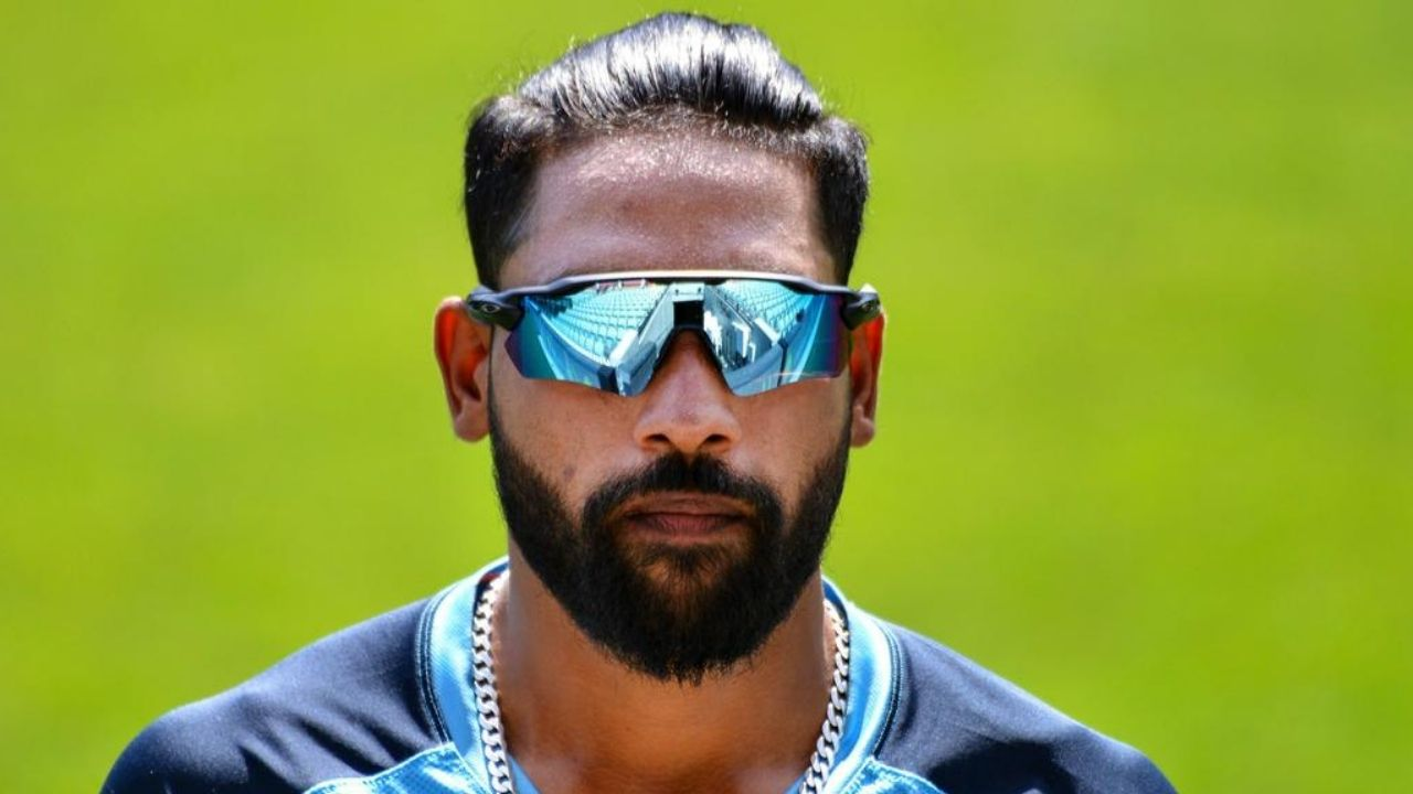 Virat Kohli Working On Combination To Fit Mohammed Siraj Into India's WTC Final Playing 11 Ahead Of Ishant Sharma