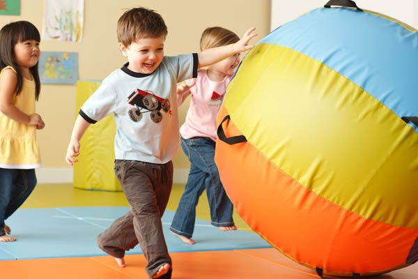 Gymboree Play Music Chiswick, Gymboree Play & Music, Chiswick Locals, Chiswick W4, Sensory Baby Lab, Play & Learn, Apparatus-based classes, Family Classes, Childrens Classes, Child Care, Aaron Barriscale, Joan Barnes, Childrens Partiesbr /